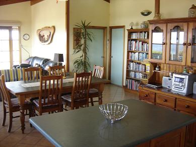 Lantauanan has an open floorplan